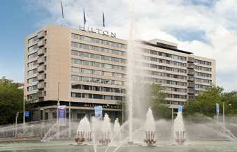 RTMHITW_Hilton_Rotterdam_home_right